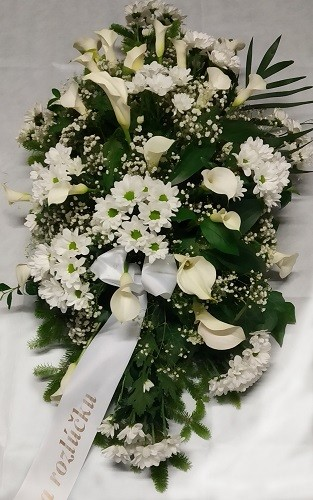 Ikebana podľa aranžérky (rozmer cca 90cm(d) x 55cm(š) x 35cm(v))